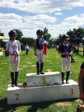 Lilou Championne Régionale avec Ovni